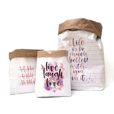 Väritettävät paperipussit sitaateilla 3 kpl pkt - tee niistä persoonalliset säilytyspussit